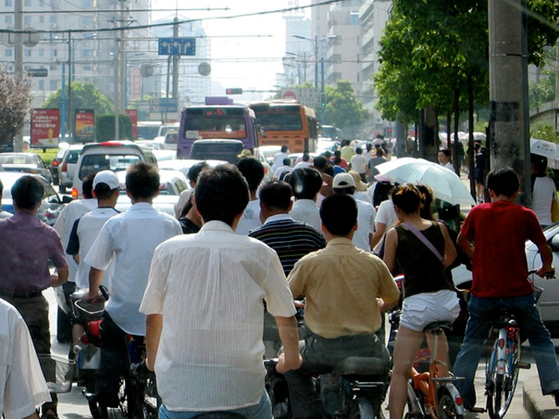 Accidents involving electric bikes are on the rise in Chinese cities such as Hangzhou