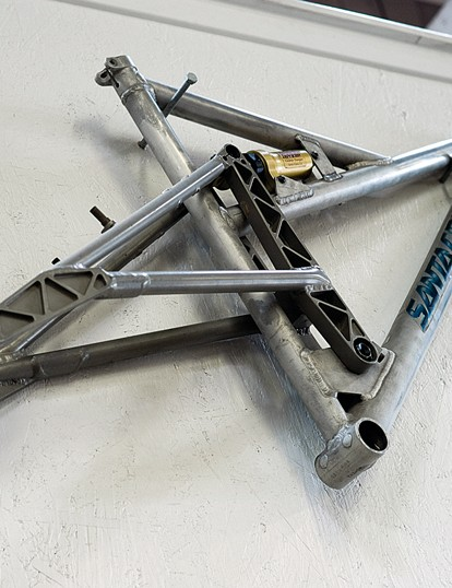 The Tazmon was Santa Cruz's first frame, an unconventional full-susser based around a single-pivot design