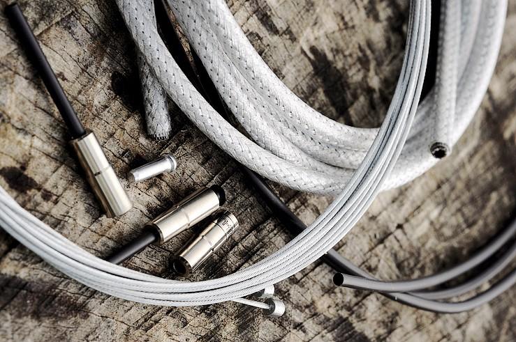 Clarks Dirtshield cables