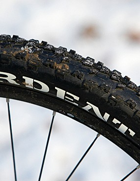 Ardent tyres on Shimano wheels aren't light but they're ready for anything