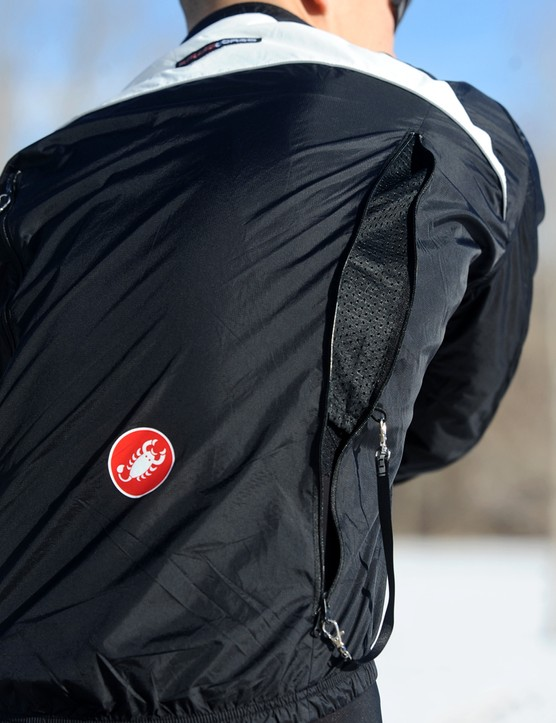 Once open, mesh panels help the jacket maintain its structure