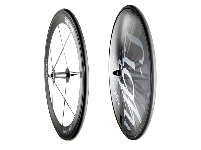 Lightweight Autobahn Disc and VR8 wheelset