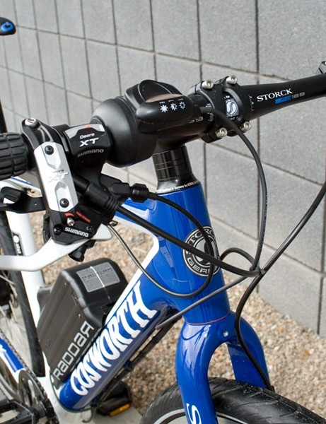 The handlebar unit includes an on/off switch and a thumbshifter to increase the amount of pedalling assistance