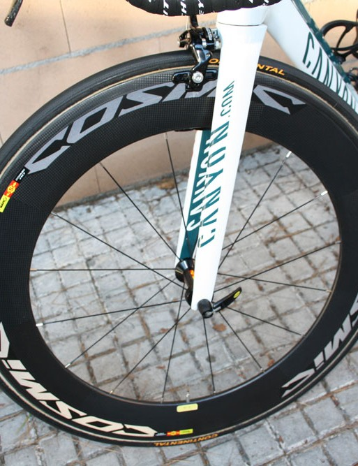 Mavic's latest Cosmic CC80 carbon tubulars are fitted here but Philippe Gilbert (Omega-Pharma Lotto) will have a number of different wheel models at his disposal this season.