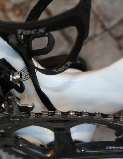 A custom chain watcher helps ensure nothing goes awry with the Campagnolo Record 11 drivetrain.