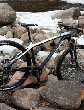 Trek has thoroughly revamped the Superfly Elite carbon hardtail 29er for 2011.