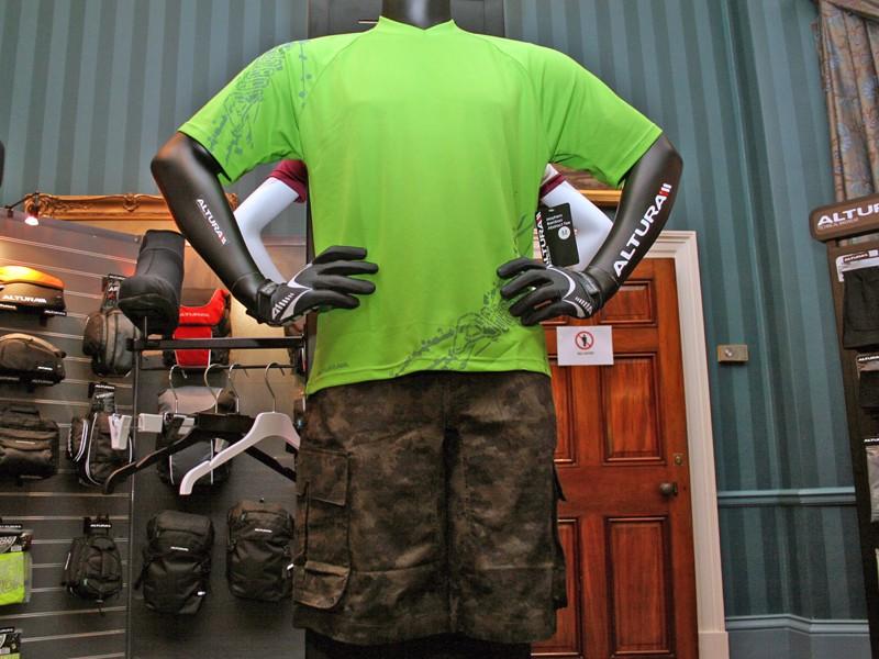 Altura's Mayhem Bamboo Abstract Tee jersey and Fatigue shorts