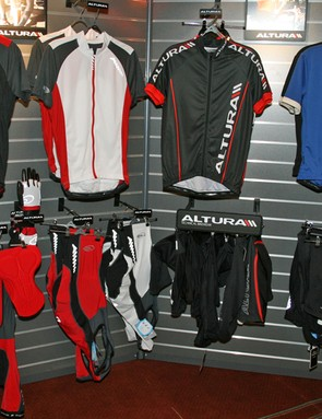 Altura men's road jerseys and shorts