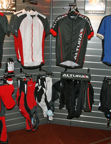 Altura men's road jerseys and shorts