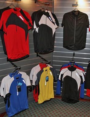 Altura men's road jerseys