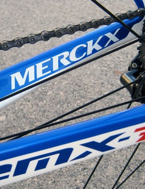 Eddy Merckx's latest EMX-7 flagship uses asymmetrical chain stays.
