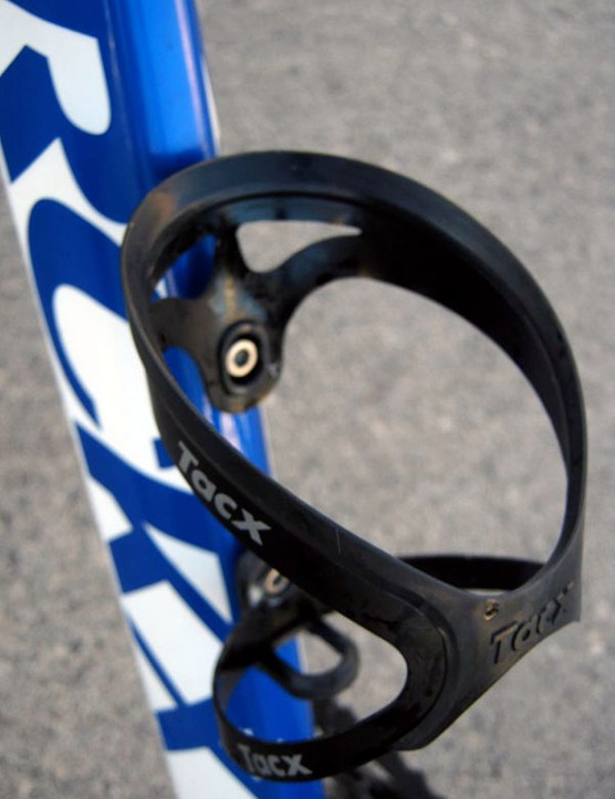 Tacx Tao aluminum cages are almost as light as many companies' carbon fiber models.