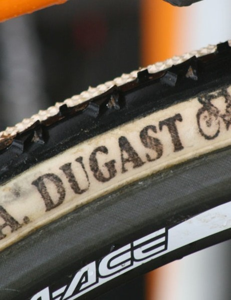 On the eve of the cyclo-cross world championships, Dugast unveils a new tire called the Pipisqualo