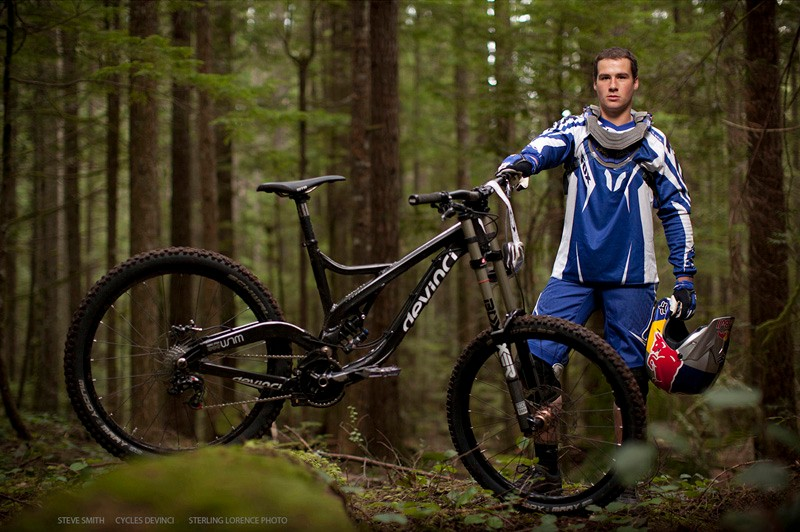 Steve Smith will be riding a Devinci Wilson in 2011