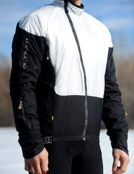 The Mavic Propane jacket may look unconventional but the reward is an amazing level of warmth thanks to Primaloft insulation throughout