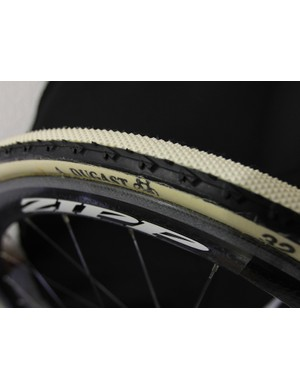 The Cannondale-cyclocrossworld.com team and Katie Compton are sharing one set of the new Pipisqualo mounted to Zipp's 303 cyclo-cross wheelset
