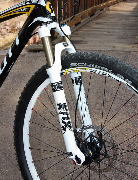 We've experienced some inconsistencies with Fox's FIT-equipped forks over the past couple of seasons but thankfully, the 32 F29 FIT RLC on our Scott Scale 29 RC test bike was utterly flawless