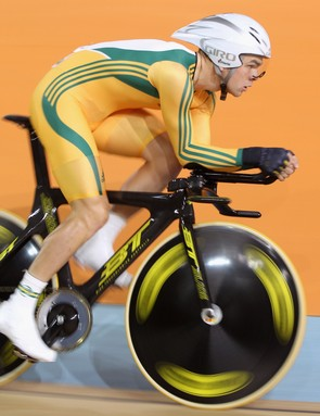 Jack Bobrdige is now the fastest 4000m rider ever
