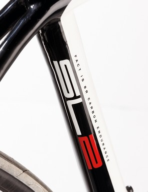 This 8R frame and fork is a lot more responsive than previous entry-level composite chassis from Specialized