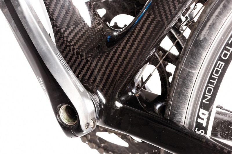 The press fit PowerCore bottom bracket  helps give the Giant a real advantage  when the pace or inclines increase