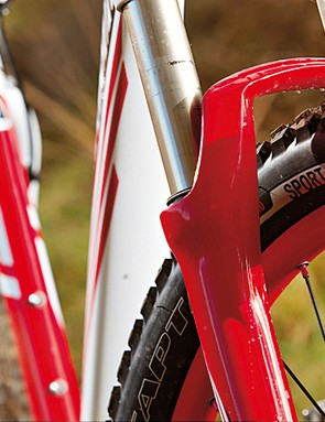 You'd have to be visually challenged to have missed the Rockhopper's bold use of red, white and black to tie together frame, wheels and components