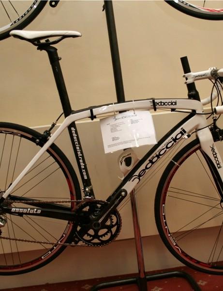 Dedacciai Assoulto carbon road bike – £1,300 (frameset, 1,490g) / £2,320 (bike)