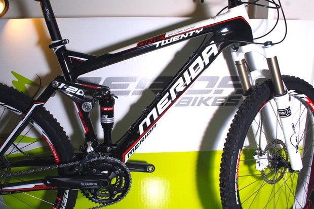 Merida's One-Twenty Carbon 800-D isn't cheap but it's a lot of bike for £2,699