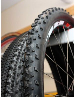 We spotted these Bontrager prototypes treads during our tour of the Wheel Energy facility. It appears to be a further evolution of the company's XR3 tread design
