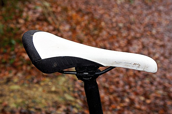 White saddles look great under bike shop spotlights but rubbish after a couple of muddy rides. Back to black, we reckon