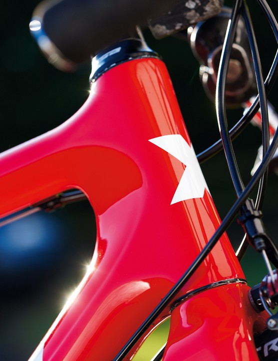 The bright red frame option might not be to everyone's taste, but it shows off the impressive frame detailing on the SL Pro