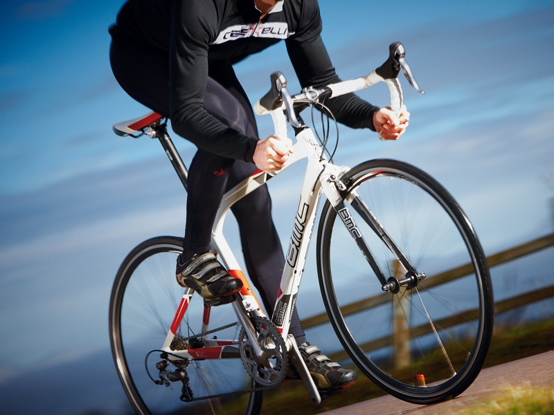 The stiff alloy frame will please riders who like power