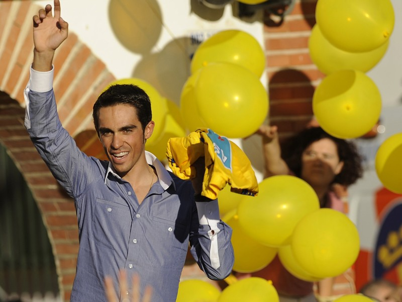 Alberto Contador has been cleared of doping charges by the Spanish Cycling Federation