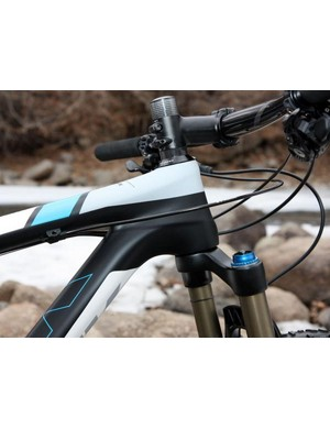 The tapered head tube lends extra steering precision and also provides more room for a bigger down tube