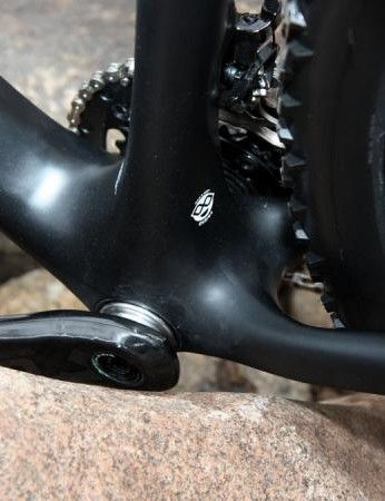 The new Superfly Elite frame borrows the BB95 bottom bracket system from Trek with its direct press-fit bearings and wider down tube and chain stay spacing