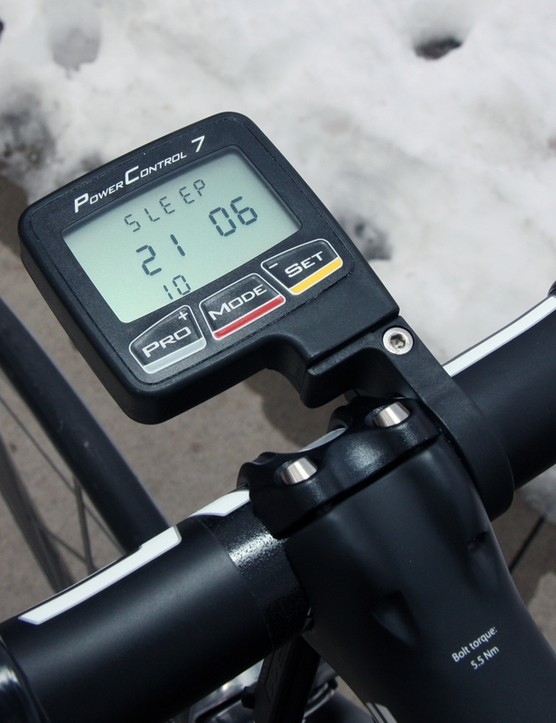 Even with the SRM PowerControl 7 computer, total bike weight without pedals is just 14.04lb