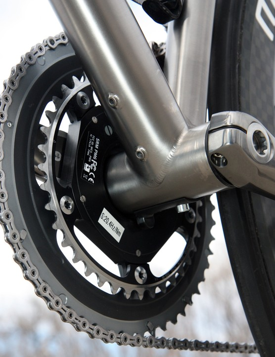 Extra mounts are included if the eventual buyer decides to go with a standard Di2 battery