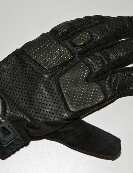 Fox Stealth Bomber glove