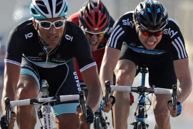Several pro teams have similar looking kits this year, including Leopard Trek and Sky