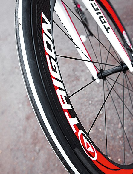 The RQC29 includes Its own 58mm aero carbon clincher wheelset