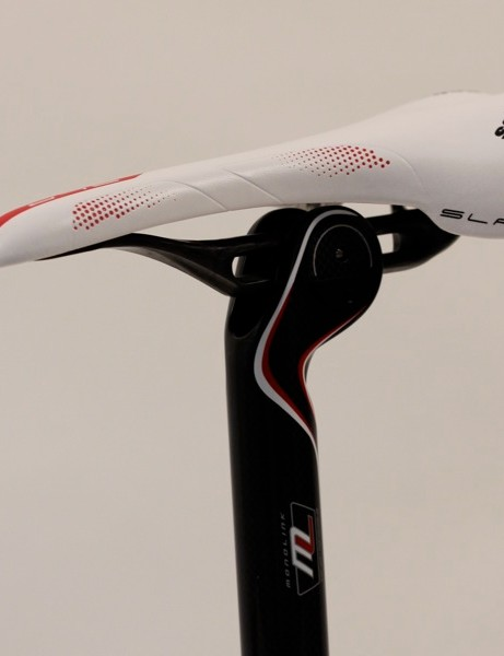 The clamp is clean and narrow, which facilitates the saddle's ultra-narrow 'Friction Free' shape