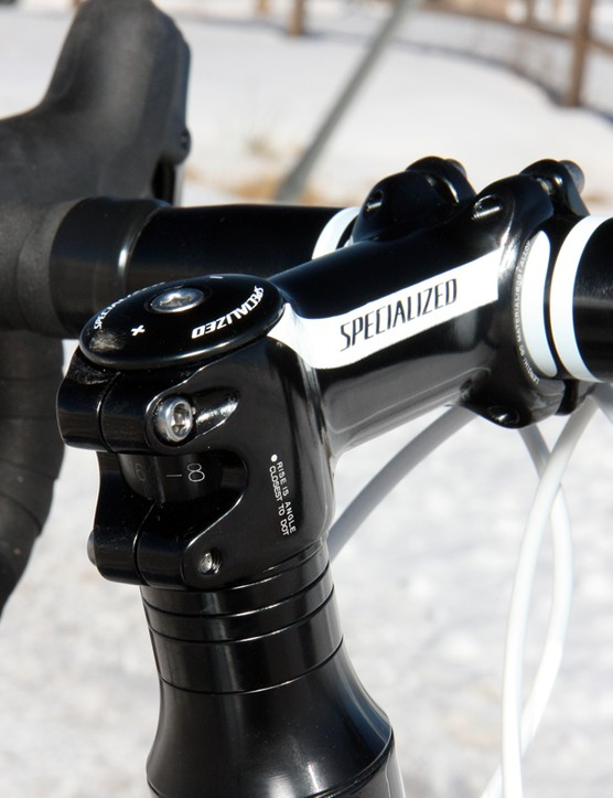 The forged alloy stem nicely matches the rest of the bike