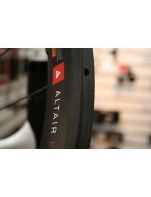 Profile Altair 80