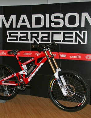 The team will ride Saracen's new Myst downhill bike