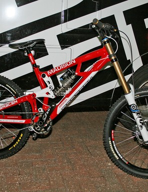 The team issue Saracen Myst has a high-end spec, with Fox suspension front and rear, Shimano Saint kit, DT Swiss wheels and Funn components