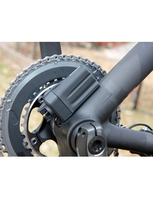 As expected, the increased design flexibility of Shimano's Dura-Ace Di2 electronic drivetrain has made it very popular amongst smaller builders looking to create cleaner lines.