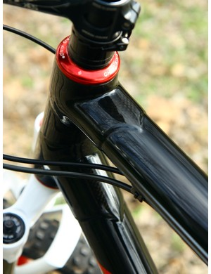 KirkLee fashions the carbon fiber lugs into steel-like points.