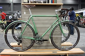 Cielo's existing Sportif will carry on for roadies that want to use fenders and racks.