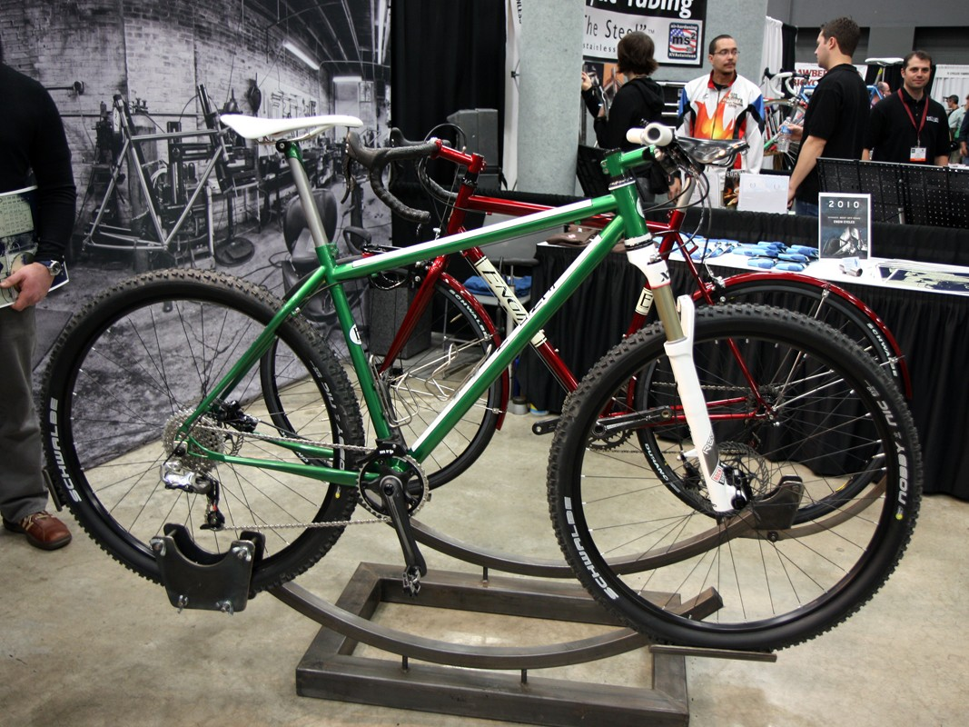 Engin Cycles' stunning green hardtail looks traditional but incorporates a lot of wholly modern features.