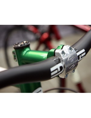 This Engin Cycles stem is capped with a Paragon Machine Works faceplate.