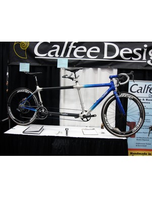 Calfee's Tetra tandem is not only impressively light but also relatively easy to travel with thanks to S&S couplers and a disconnectable Shimano Dura-Ace Di2 wiring harness.